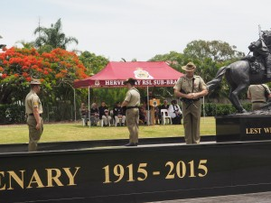 9rqr-as-catafalque-party-freedom-park-remembrance-day-service-2016